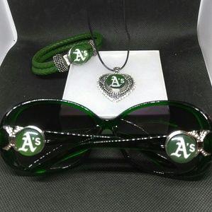 Accessories - Oakland Athletics Sunglasses Set